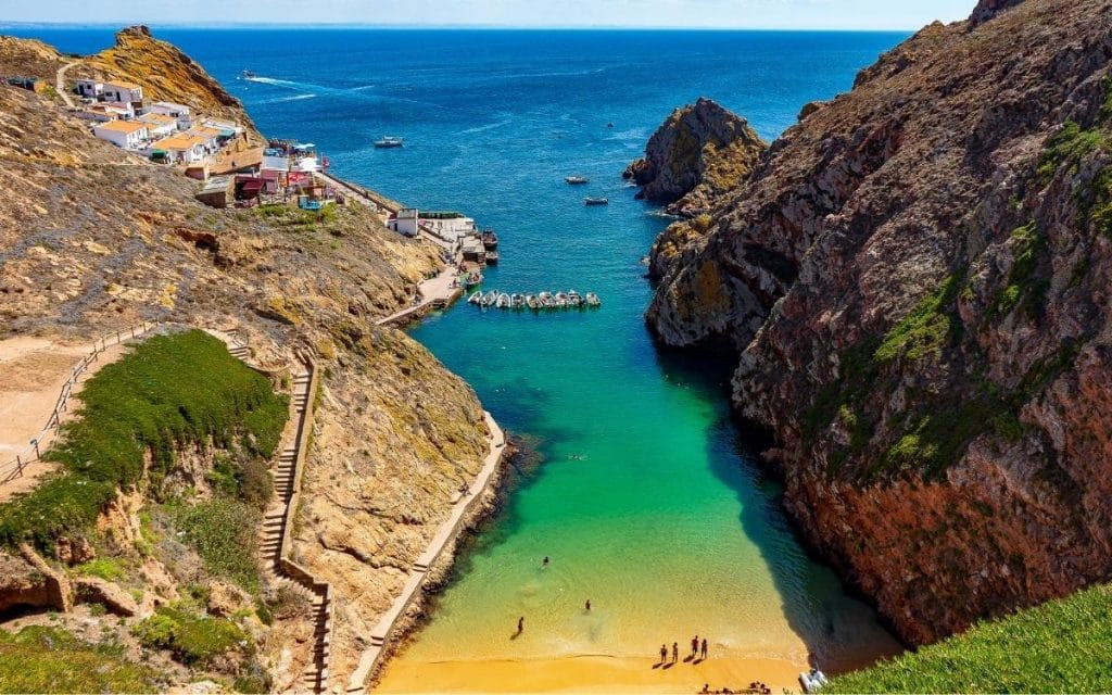 Read more about the article Peniche – Um roteiro completo para visitar a capital do Surf