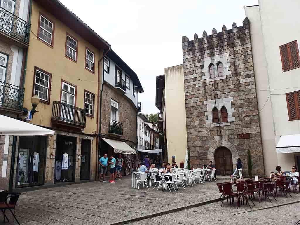 torre dos almadas - Guimaraes